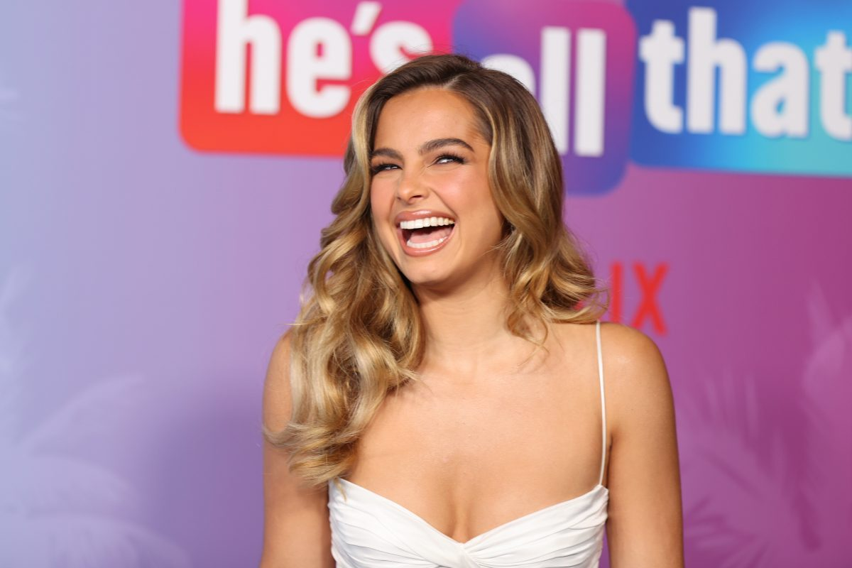 Addison Rae smiles while attending Netflix's premiere of 'He's all That'