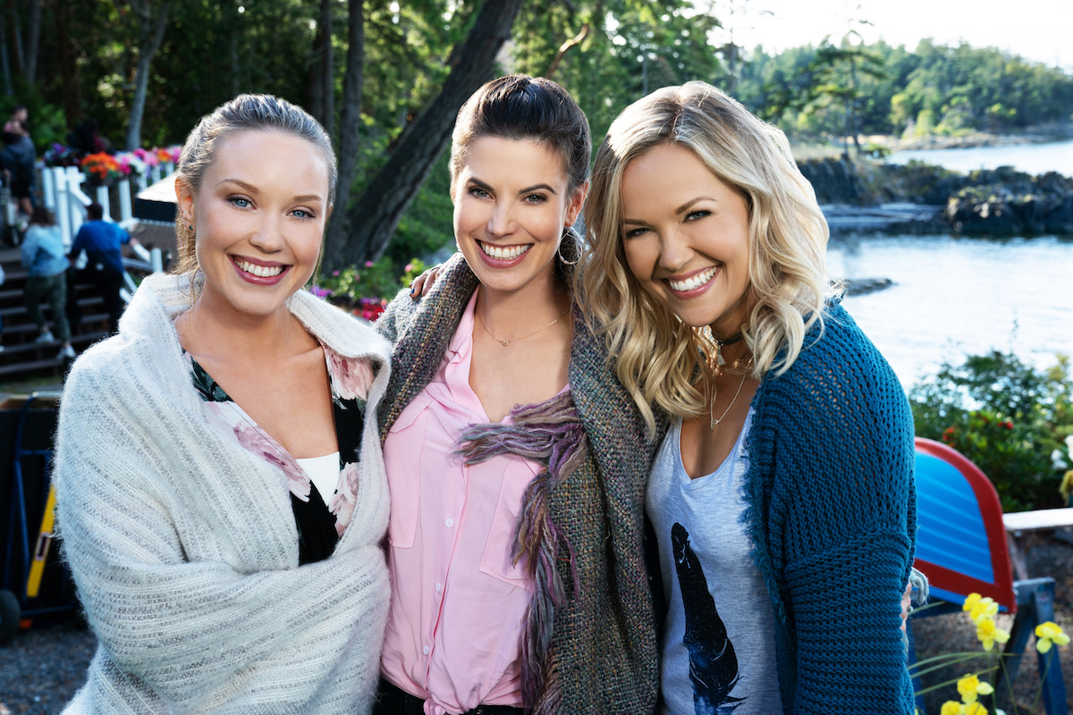 The O'Brien sisters in an episode of 'Chesapeake Shores' Season 3