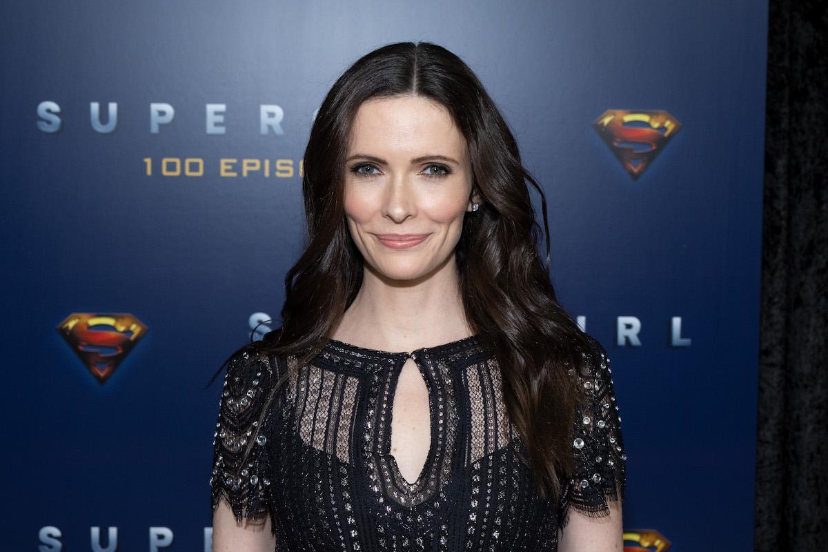 Elizabeth Tulloch attending a 'Supergirl' event