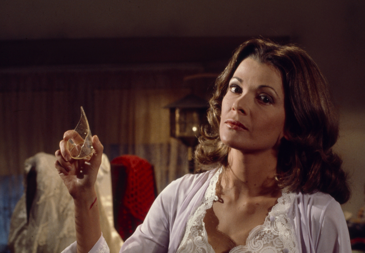 Jessica Walter in 'Home for the Holidays'