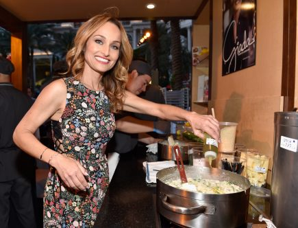 Giada De Laurentiis' Mediterranean Oatmeal Is a Sunny Switch From Your Everyday Morning Oats
