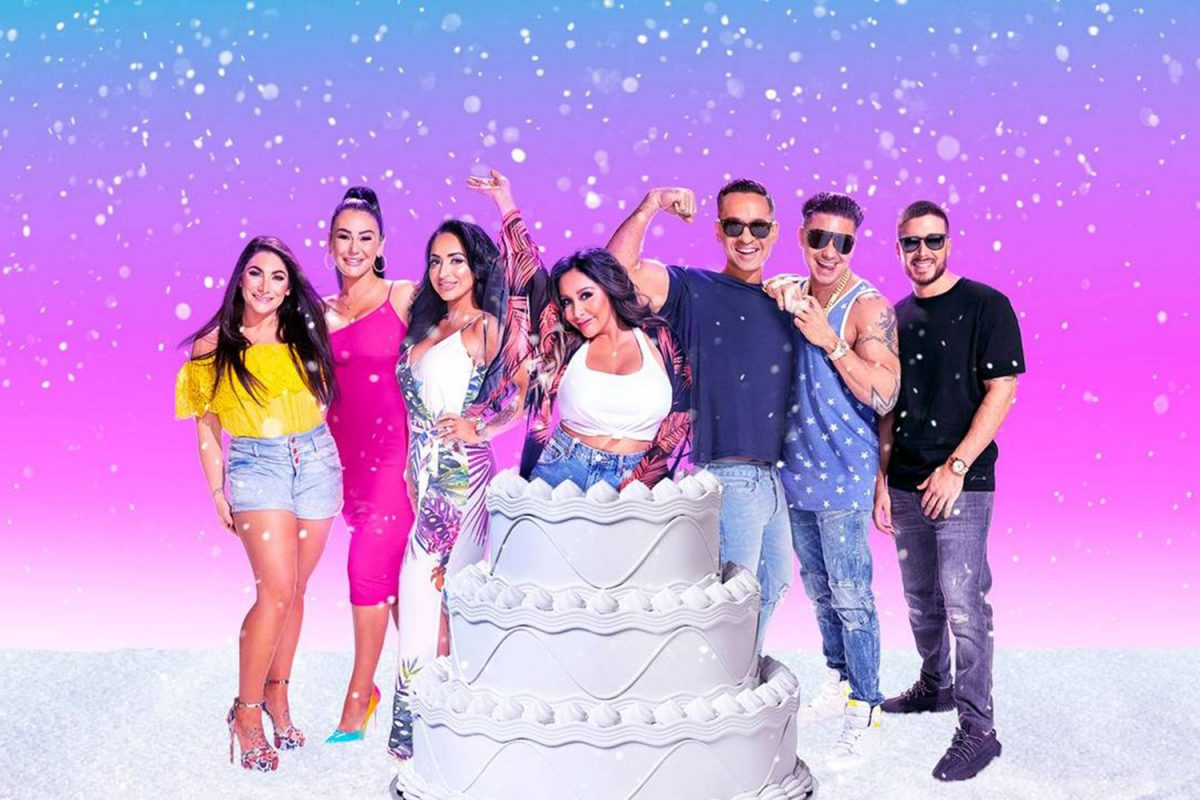 Deena Cortese, Jenni 'JWoww' Farley, Angelina Pivarnick, Nicole 'Snooki' Polizzi popping out of a cake, Mike 'The Situation' Sorrentino, DJ Pauly D, and Vinny Guadagnino in a promotional image for 'Jersey Shore: Family Vacation'