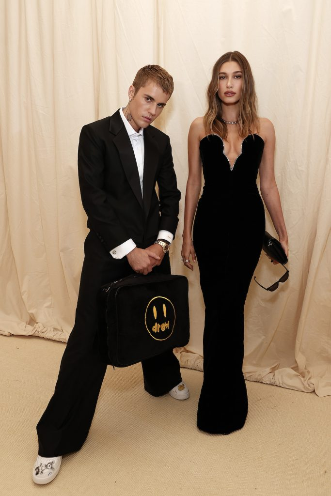 Justin and Hailey Bieber pose together at the 2021 Met Gala.