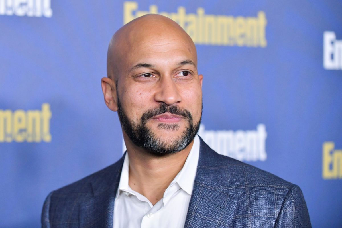 Keegan-Michael Key, in a blue jacket and white shirt, at the Entertainment Weekly Pre-SAG celebration in 2020.
