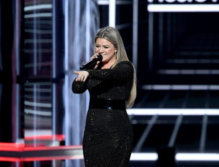 'LulaRich': Kelly Clarkson's Private LulaRoe Concert Made at Least 1 Employee Boycott the Singer