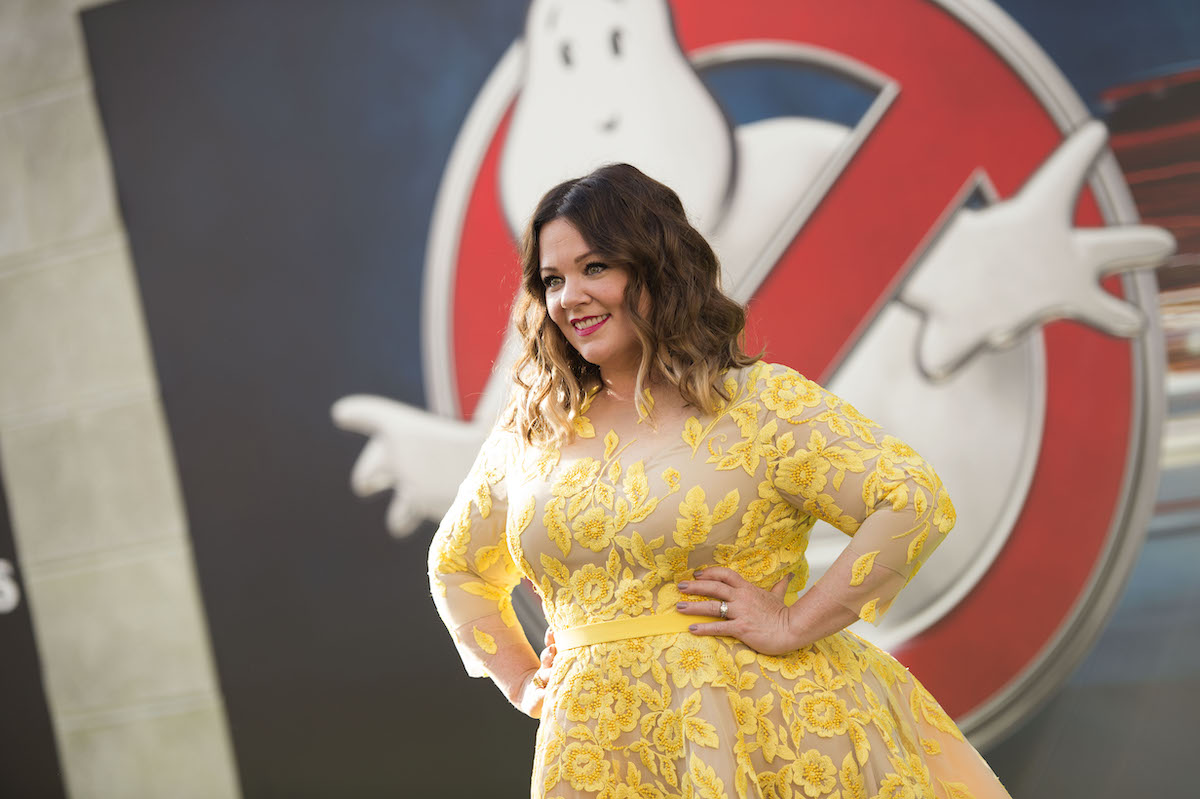 Melissa McCarthy in yellow at the 2016 'Ghostbusters' premiere