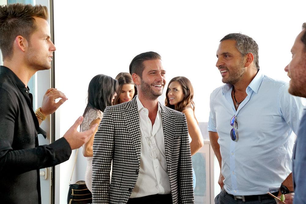 Josh Flagg from Million Dollar Listing Los Angeles chats with broker Mauricio Umansky