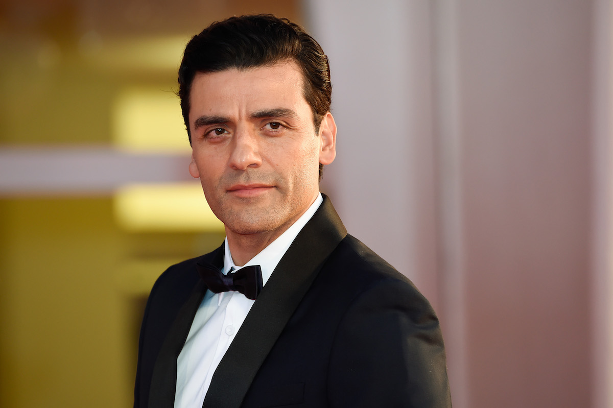 Oscar Isaac on the red carpet
