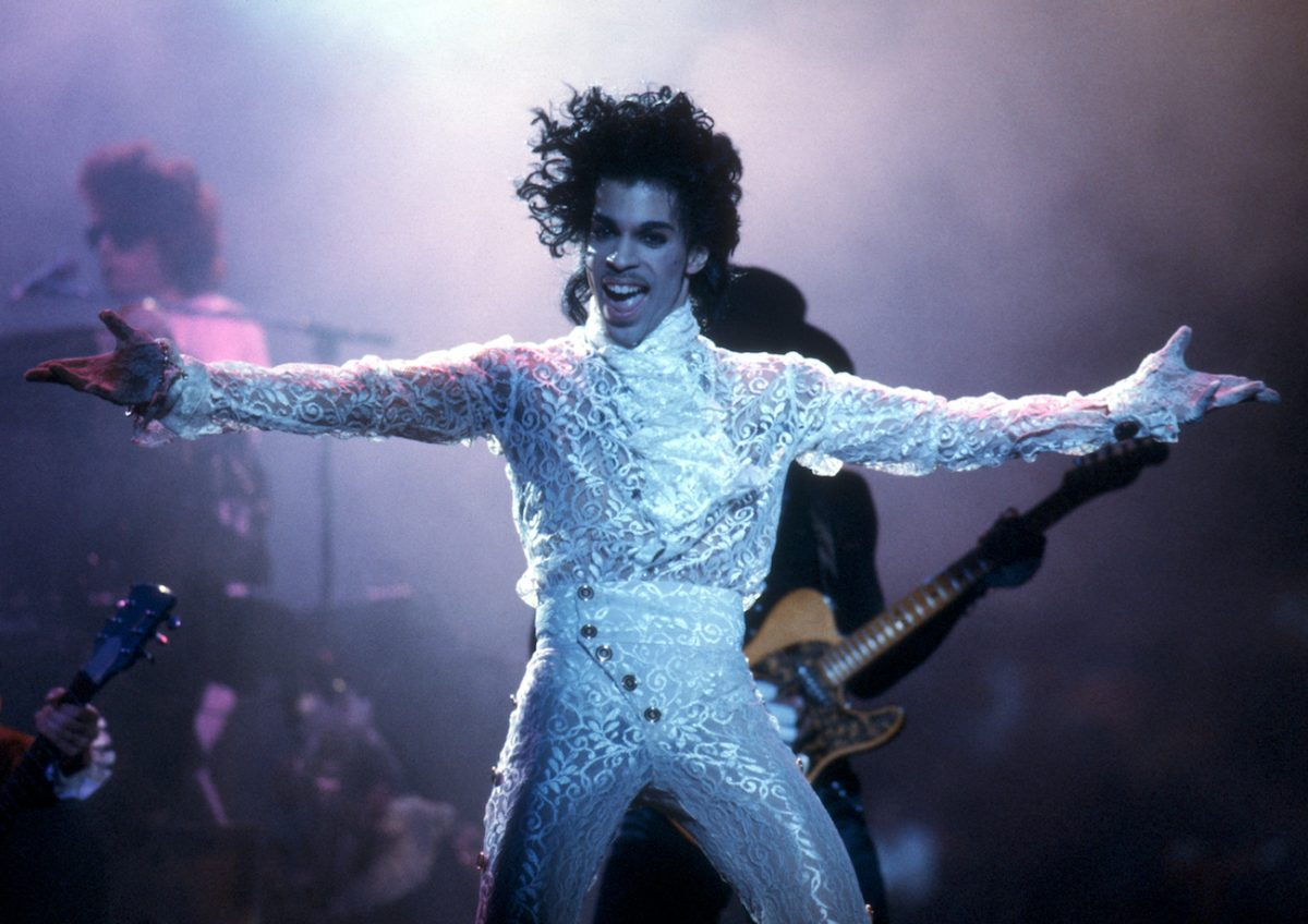 Prince performing in L.A.