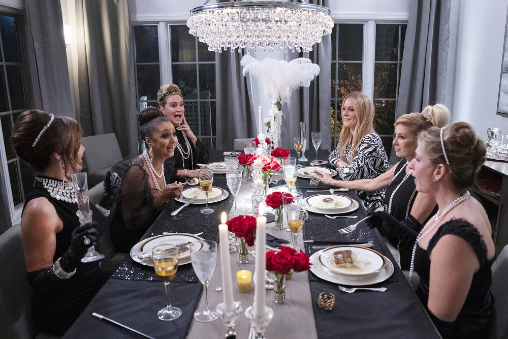 Luann de Lesseps, Eboni K. Williams, Sonja Morgan, Leah McSweeney, Ramona Singer, Heather Thomson from The Real Housewives of New York City have dinner
