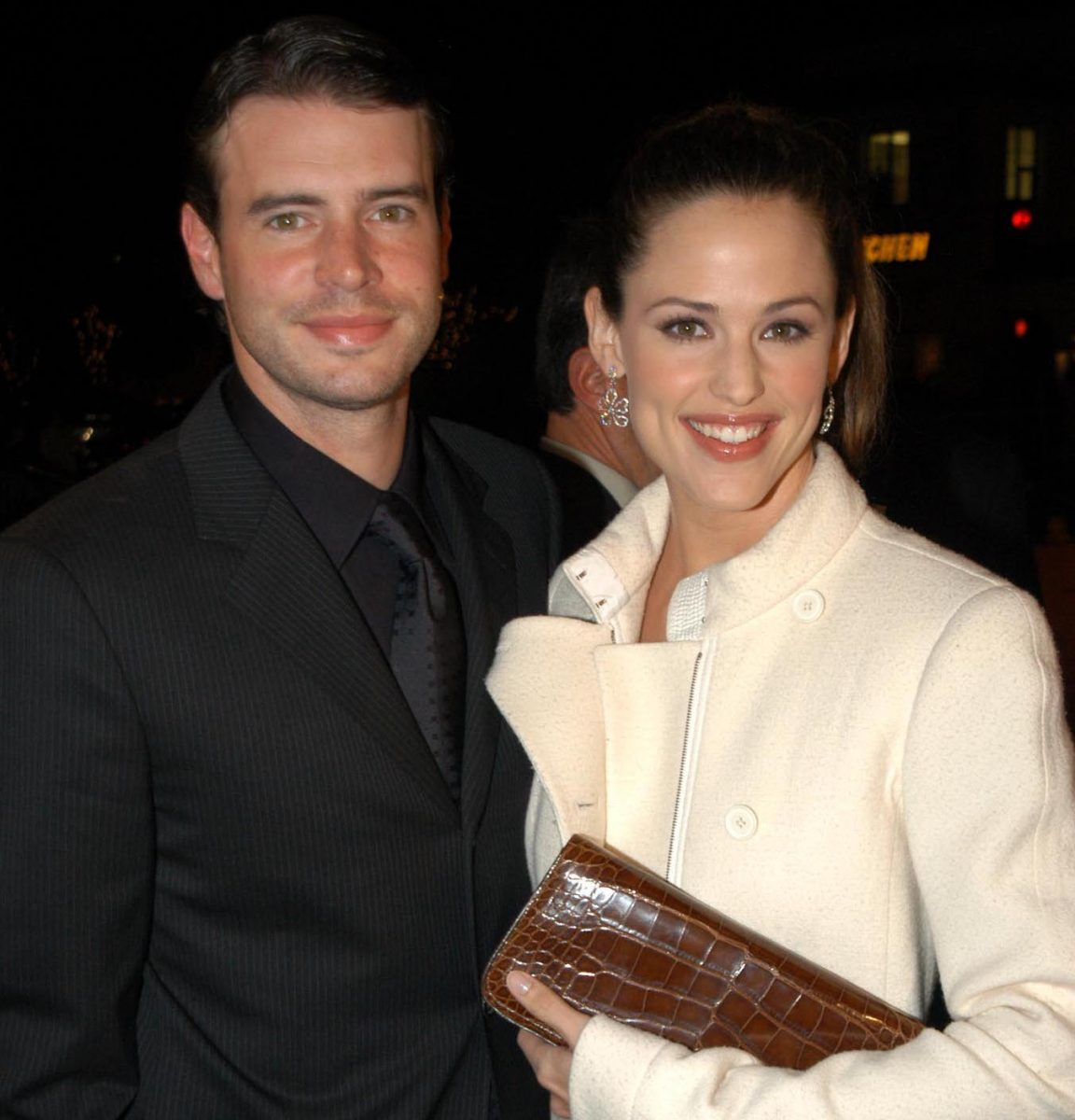 Scott Foley and Jennifer Garner attending the DreamWorks Premiere of 'Catch Me If You Can'