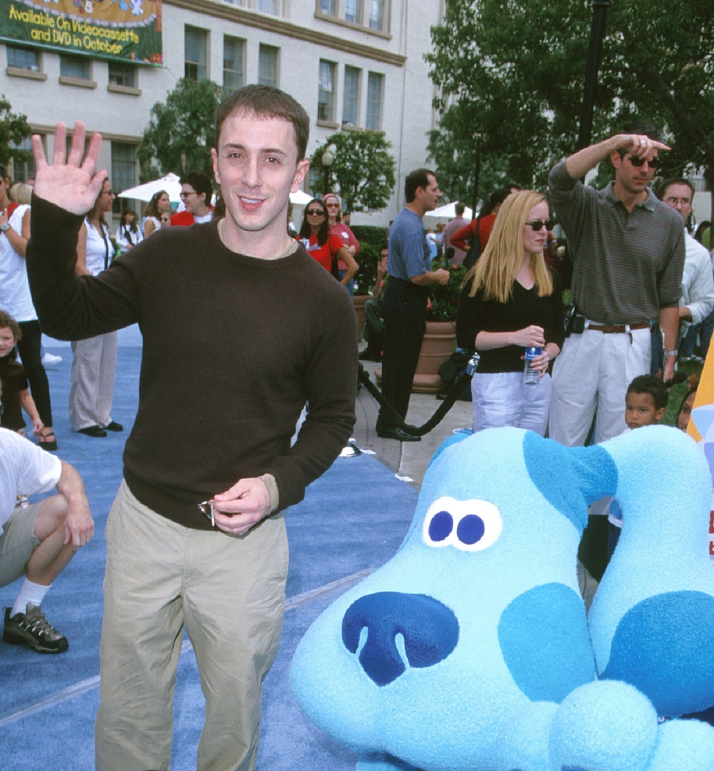Steve Burns and Blue from 'Blue's Clues'