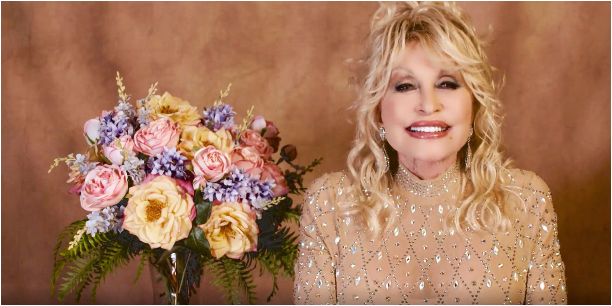 Fans of Dolly Parton will have to wait until the end of the 2021 Emmy Awards to see her as a presenter.