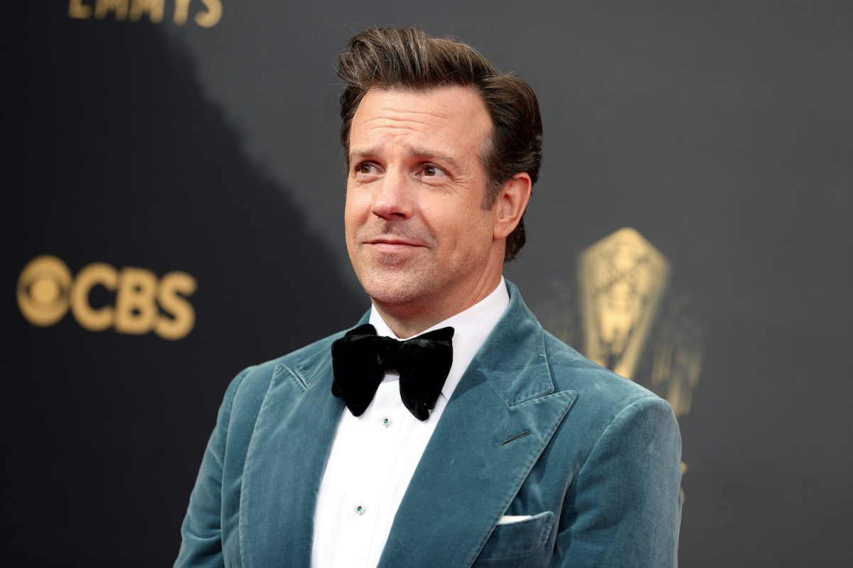 Jason Sudeikis wears a velvet suit on the 2021 Emmys red carpet