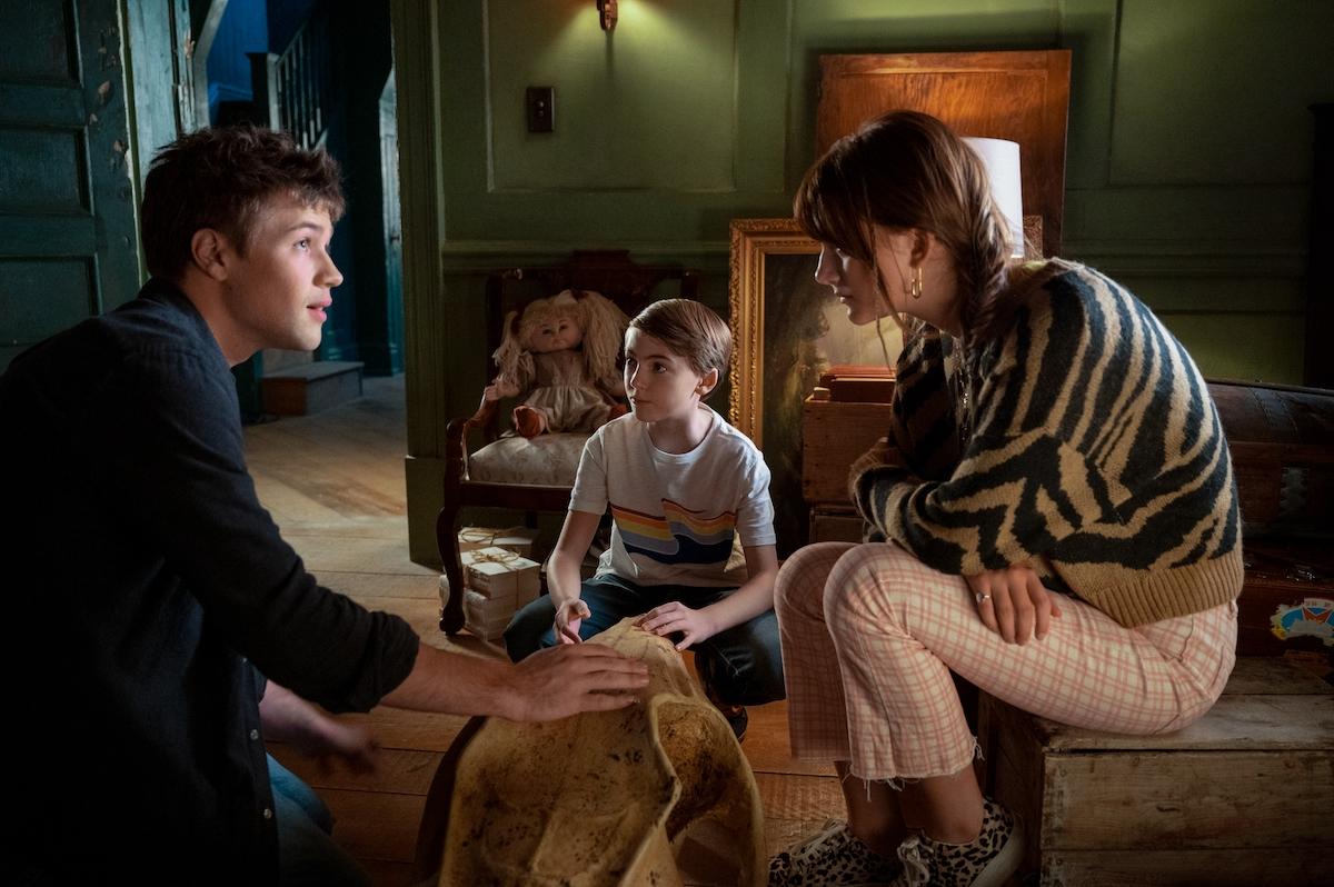 Connor Jessup, Emilia Jones, and Jackson Robert Scott in a production still from 'Locke & Key' Season 2