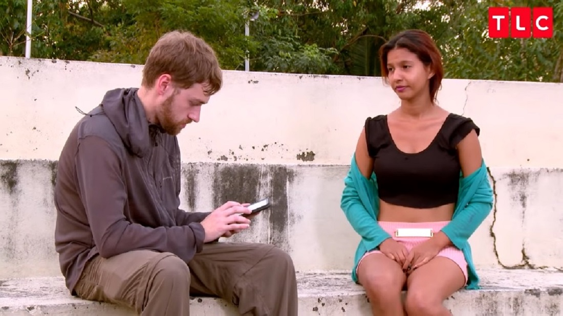 Paul Staehle and Karine Martins on '90 Day Fiancé'. Paul and Karine communicate using a translation app.