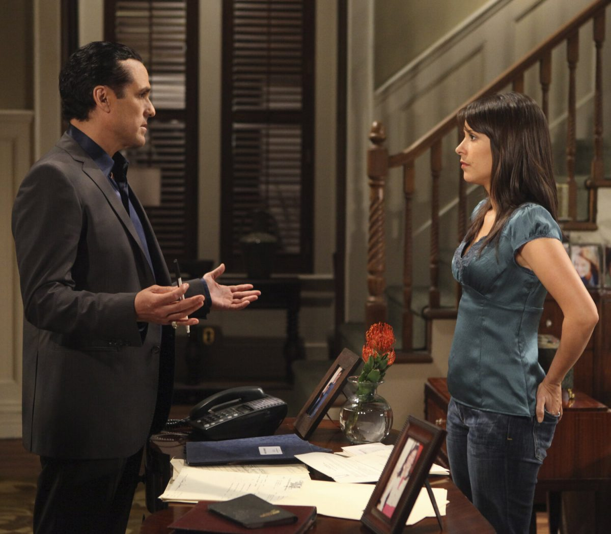 Maurice Benard (Sonny) and Kimberly McCullough (Robin) in a 'General Hospital' scene that aired the week of May 24, 2010.