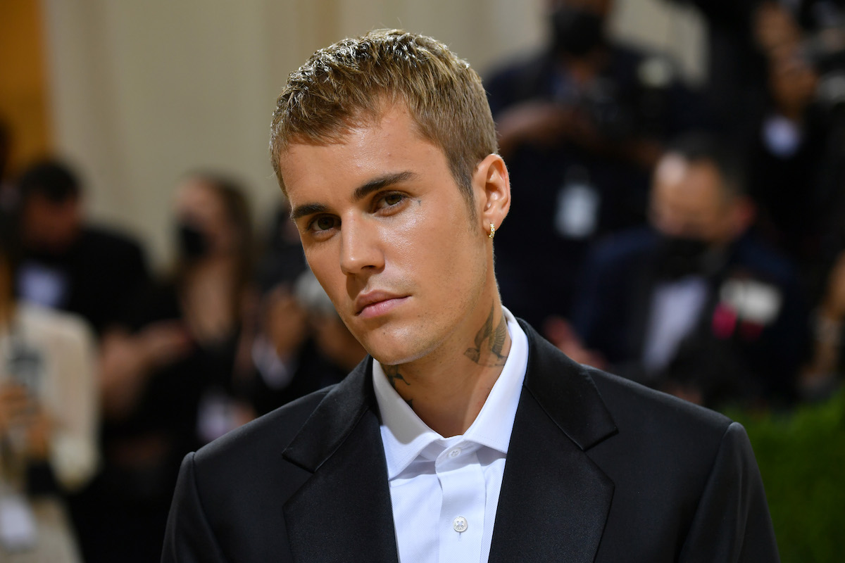 Close-up of Justin Bieber's face at an event.