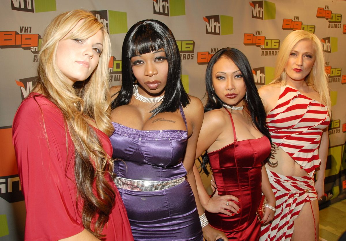 Britney 'Tiger' Morano, Tiffany 'New York' Patterson, Abigail 'Red Oyster' Kintanar and Jesselynn 'Wire' Desmond from 'Flavor of Love' pose on the red carpet of VH1 in 2006