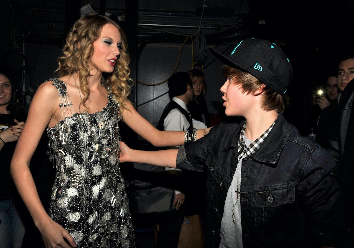 Taylor Swift and Justin Bieber attend 2009 Jingle Ball