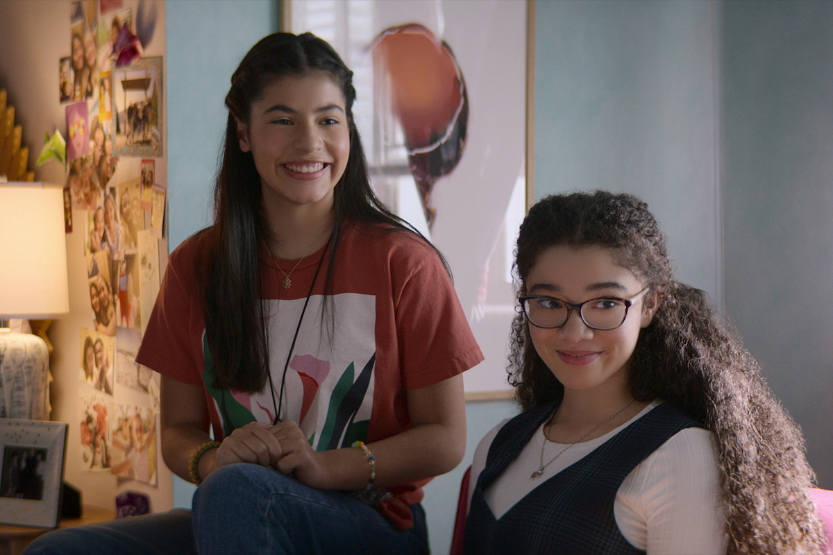 Smiling Dawn and Mary Anne in 'The Baby-Sitters Club' Season 2